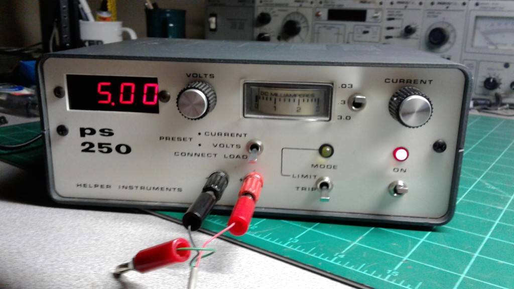 Helper Instruments PS 250 Power Supply.