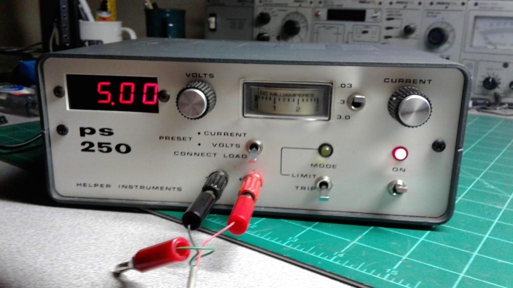 Helper Instruments PS 250 Power Supply.